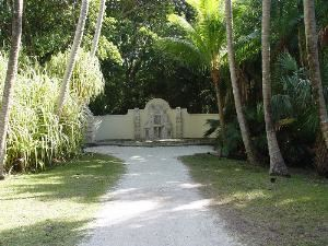 Allee Fountain, Bonnet House Museum And Gardens, Fort Lauderdale — Perfect location for wedding ceremonies.