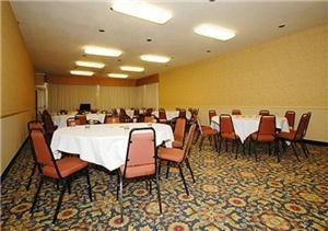 Delta Room A, Clarion Inn & Suites, Stockton