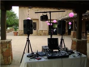 DJ Starz, Round Rock — Your wedding day is a celebration of you and your love for one another. Because this is your day, we make sure that you remain the center of attention at your reception. Your wedding reception is a carefully orchestrated occasion, from the arrival of the first guest to the final dance. It is not just a four hour party, but the result of many hours and tears