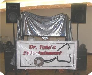 Dr.Tune'z Entertainment, Hawarden — all my dj equipment is peavey , I do have a very nice light also . I also do wedding picture, I do them befor the wedding and during the reception and the dance . and then put them on a dvd .