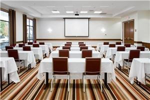 Dogwood Room, DoubleTree by Hilton Raleigh - Cary, Cary