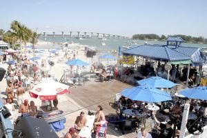 Waterfront Patio, Shephard's Beach Resort, Clearwater Beach