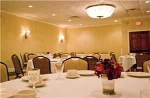 Waterford Ballroom, Best Western New Englander, Woburn