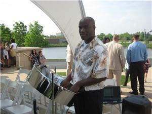 Steel Drum Flavor Caribbean Island Music, Saint Louis — Caribbean steel drum music will provide you with that unique, island flair for your local wedding