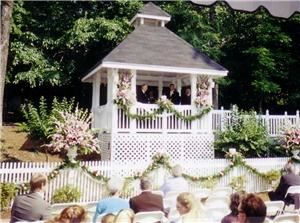 The Gaslight House, Pelham — Brick Patio and Gazebo