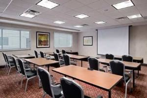 Multi-Purpose Room, Hilton Cincinnati Airport, Florence — The Multi-Purpose Room has a pull-down screen and can accommodate up to 16 people classroom style.