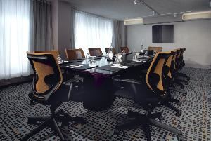 North Studio 8, Delta Meadowvale Hotel & Conference Centre, Mississauga — North Studio 8, located on the North Tower-Second Floor, is 338 sq. ft. This intimate boardroom sits 12 people comfortably. It also enjoys a great deal of natural light.