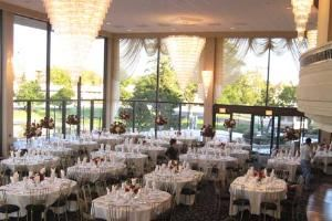 Grand Dining Room, Victoria in the Park, Mount Prospect