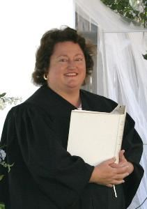 Elegant Express Weddings, Austin — Hi my name is Sherry Khalil. I'm a Minister in the State of Texas. Ive performed hundreds of wedding ceremonies. I am so honored by your consideration as my roll of Officiant in your ceremony. Thank you.