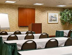1/2 DAY SMALL MEETING PACKAGE, Holiday Inn Express Atlanta - Atlantic Station, Atlanta — WINGATE MEETING
