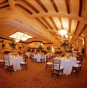 Reagan Room, The Fess Parker Santa Barbara Hotel - a DoubleTree Resort by Hilton, Santa Barbara