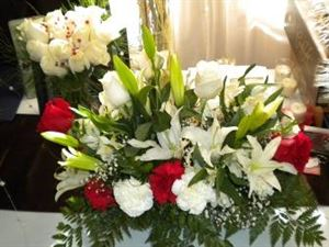 $35 Floral Centerpieces, T. Rena Weddings/ Events Inc.---Floral, Jamaica — $35 Centerpiece Red & White