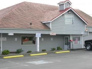 Everett Eagles 13, Everett — Located in North Everett with free parking.  Have your special event Here!