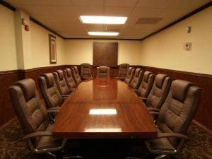 Board Room, Quality Inn & Suites Pensacola, Pensacola