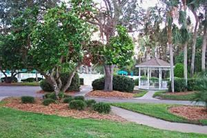 Gold Wedding Package, Seven Springs Golf and Country Club, New Port Richey — Gazebo