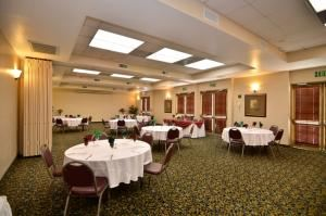 Virginia Dare, BEST WESTERN PLUS Heritage Inn, Rancho Cucamonga — Our Virginia Dare Banquet and Meeting room is perfect for your Party, Wedding, Shower and can accomodate up to 100 people banquet style.