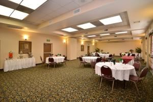 Virginia Dare4, BEST WESTERN PLUS Heritage Inn, Rancho Cucamonga — Virginia Dare is versatile and lovely for any type of event or meeting.
