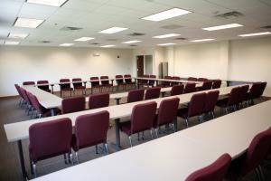 Large Conference Room, Loyola University Chicago Retreat and Ecology Campus, Woodstock