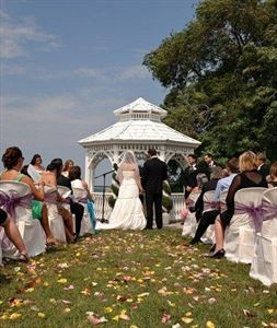 Legends Estates Winery 2012 Outdoor Wedding Packages, Legends Estates Winery, Beamsville — Dream Weddings on the Lake