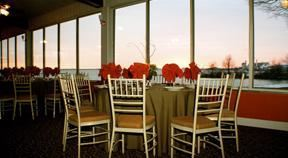 The Deck at Harbor Pointe, Essington