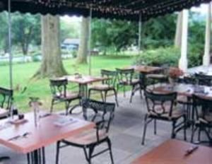 Patio, Sweetwater Farm, Glen Mills