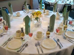 The Siver Hill Classic Buffet Package , Siver Hills Restaurant & Banquet House @ Pinehaven Country Club, Guilderland — Wedding