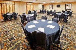 University Meeting Package - Full Day, Holiday Inn Express & Suites Denton, Denton — Banquet Style Meeting Room Set-Up