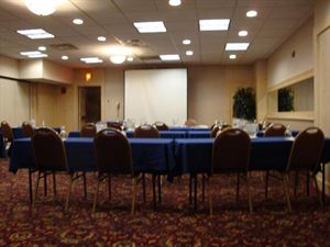 Basic Meeting Package, Fireside Inn & Suites Portland, Portland — Classroom Style