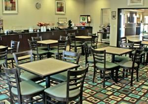 Breakfast Room, Comfort Inn and Suites Oklahoma City Airport, Oklahoma City