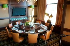 Conference Package, Smith & Wollensky - Atlantic Wharf, Boston — The Liberty Room
