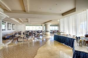 The View Restaurant, Doubletree by Hilton Ocean Point Resort & Spa, North Miami Beach