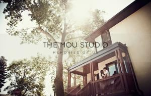The Mou Studio, Calgary — The Mou Studio specializes in wedding and lifestyle photography in the Calgary, Edmonton and surrounding areas. 