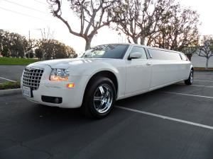 4 hour Wedding package with Chrysler 300 limo, Red Hat Limousines, Santa Ana — wedding limo