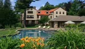 Entire Facility, Rock Hall Luxe Lodging, Colebrook