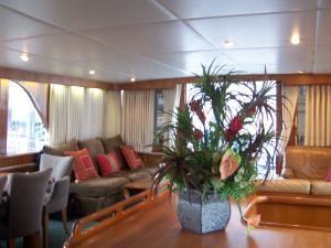 Secret Love, Motor Yacht Secret Love, Boston — Main Solon