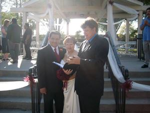 Economy Wedding Officiant Package, Reverend  Larry, Carlsbad