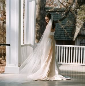 Basic Rental Package (Up to 150 Guests), Woodburn Historic House - Pendleton Historic Foundation, Pendleton — Bridal portrait on piazza at Woodburn
