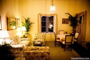 Private Meeting Room, Riviera Mansion, Santa Barbara — Brides and bridesmaid own changing room.