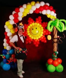 U-PICK PARTIES, Collingwood — Making your event memorable through unique balloon art and entertainment.