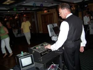 BIRTHDAY PARTY PACKAGE, AAA Paradise Talent DJ & Karaoke Services, Fort Lauderdale — DAVE AT THE CONTROLS