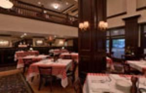 Dining Room, Maggiano's Little Italy - Milwaukee, Milwaukee — Dining Room