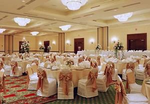 Grand Ballroom, Milwaukee Marriott West, Waukesha — Grand Ballroom Banquet