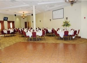 Main Hall Rental (Saturday and Sunday, 12 pm-4 pm), The Hall at Jackson Crossing, Jackson
