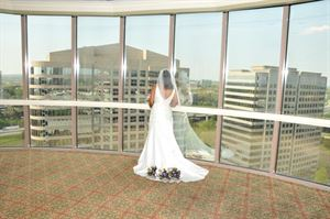Basic Wedding Package, Berry's Wedding Photography, Savannah — Georgian Club - 17th Floor (ATLANTA)