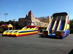 School Carnival Games Package ( 4 large items), All For Fun Rentals Corporation, Madera — 22' Giant Dual lane Slide and 3 Lane Bungee Run