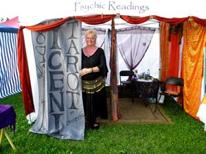 Tarot Reading Sessions, Iceni Tarot Readings, Surrey — Tarot Booth at the BC Renfest Renaissasance