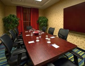 Beluga Boardroom, Fairfield Inn & Suites Orlando at Seaworld, Orlando