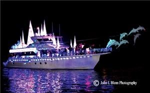 Newport Beach Christmas Boat Parade 2014 Cruise (Medium-Large Group Size), Newport Beach Holiday Cruises, Newport Beach — Boat Parade Entry