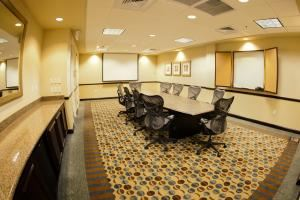 Air Park Boardroom, Hilton Garden Inn Phoenix North Happy Valley, Phoenix