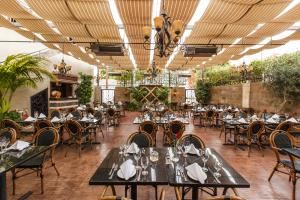 Casa Sanchez-Patio, Casa Sanchez, Los Angeles — Seats up to 120 formally seated guests.